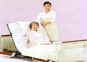 安心して休める介護ベッド